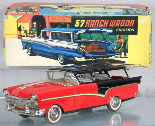 14: BANDAI 57 FORD RANCH WAGON