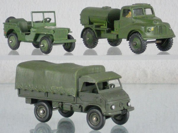 19: 3 DINKY MILITARY VEHICLES