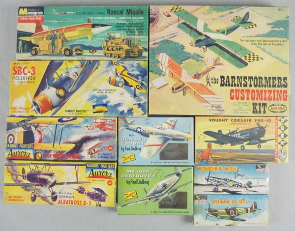 504: 10 AIRPLANE MODEL KITS