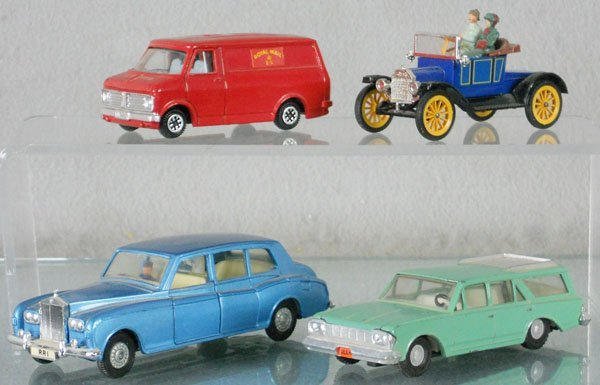 23: 4 DINKY VEHICLES