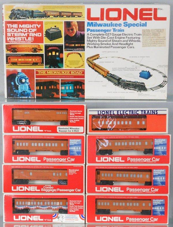 18: LIONEL 1387 MILWAUKEE SPECIAL TRAIN SET