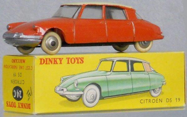 1: DINKY 24C CITROEN DS19