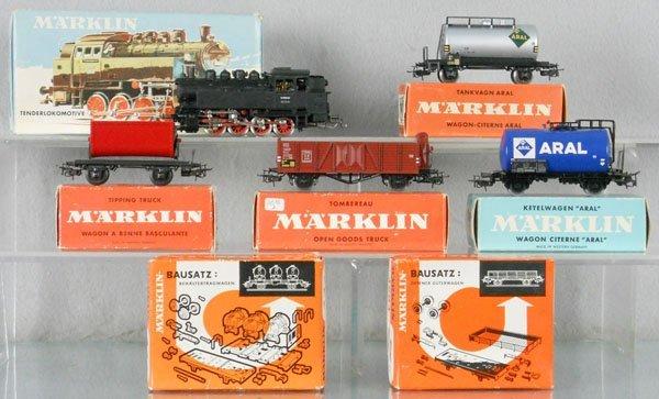 14: MARKLIN TRAIN SET