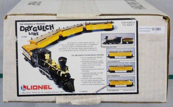 23: LIONEL 11706 TRAIN SET