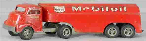 142 SMITH MILLER 409G MOBIL OIL TRUCK