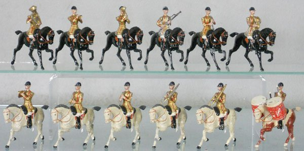BRITAINS 101 MOUNTED BAND OF LIFE GUARDS