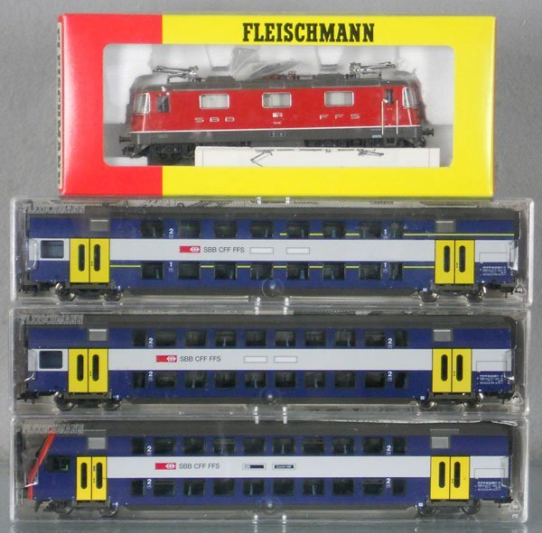 FLEISCHMANN SWISS TRAIN SET