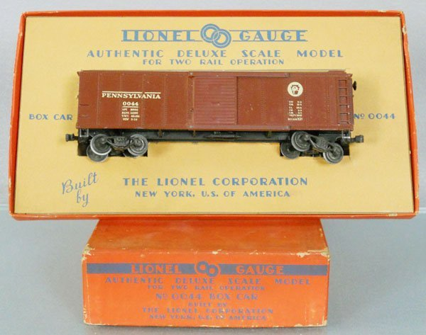 LIONEL 0044 BOX CAR