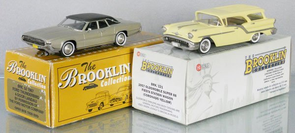 2 BROOKLIN COLLECTION MODELS
