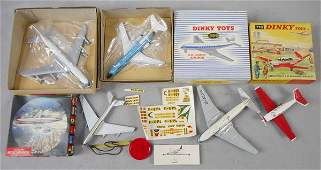 5 TOY AIRPLANES