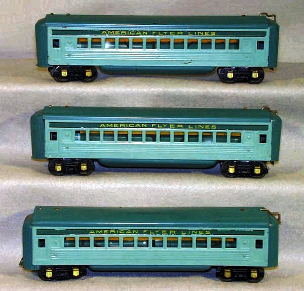 4: 3 AF 1621B COACHES, some paint wear & denting to ves
