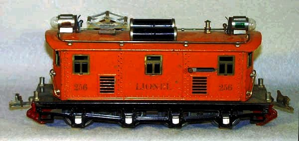 17: LIONEL 256 LOCO, RS version, some scratching, some