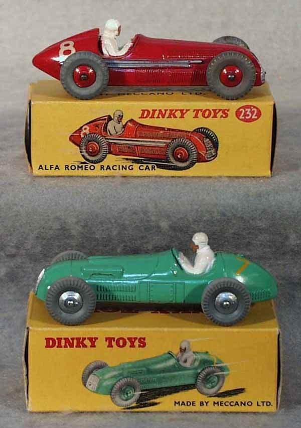 1004: 2 DINKY RACE CARS
