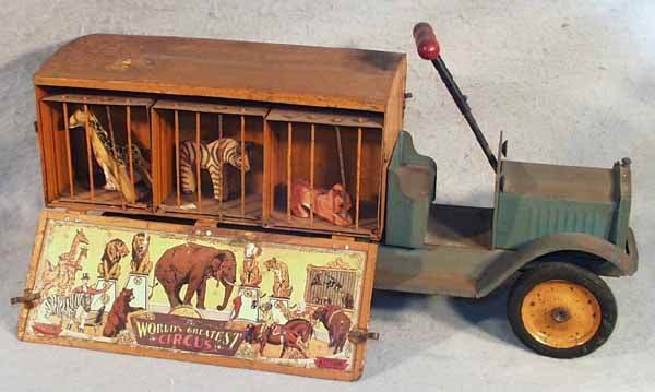 1461: KEYSTONE RIDE-ON CIRCUS CAGE TRUCK