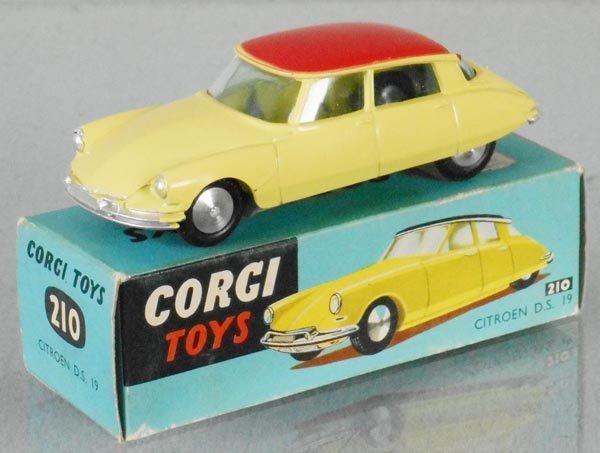 CORGI 210 CIRTOEN DS19