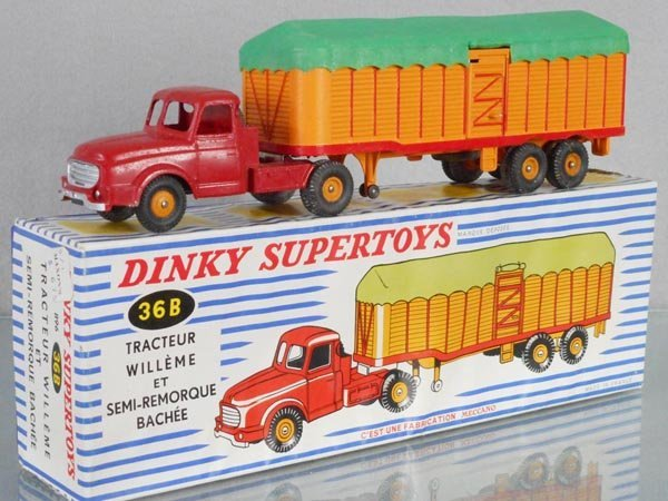 DINKY FR36B WILLEME TRACTOR