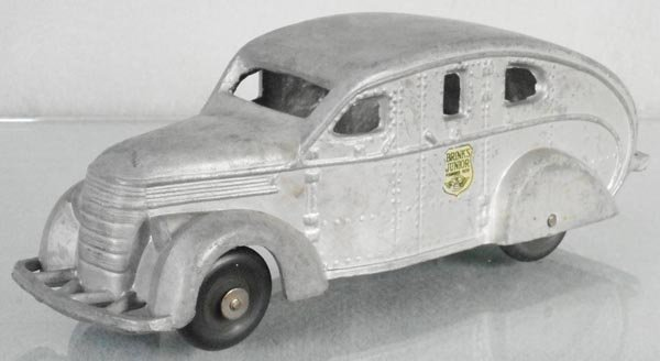 NATIONAL PRODUCTS 1937-40 INTERNATIONAL ARMORED CAR