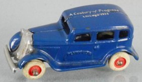 Arcade 1933 Plymouth Sedan
