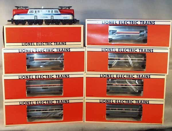296A: LIONEL AMTRAK TRAIN SET