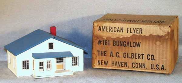 9: AMERICAN FLYER 161 BUNGALOW