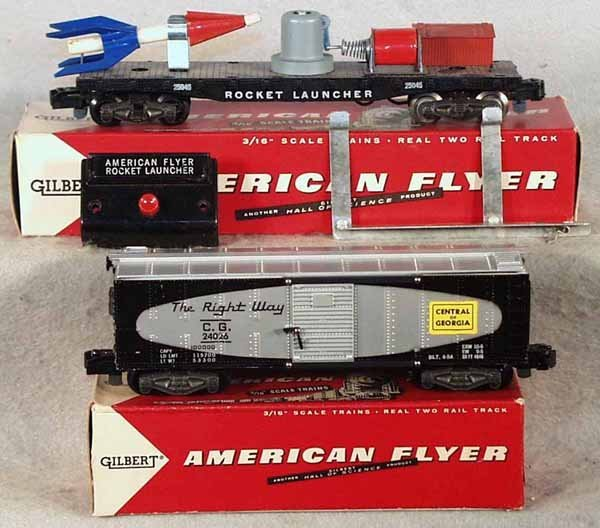 10: 2 AMERICAN FLYER FREIGHT CARS