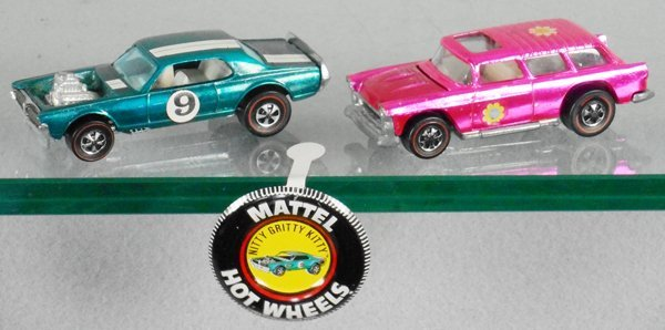 2 HOT WHEELS RED LINES