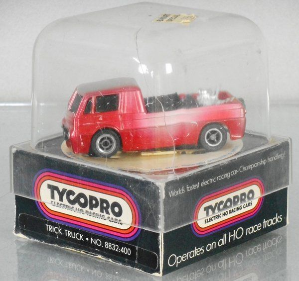 TYCO PRO 8832:400 TRICK TRUCK SLOT CAR