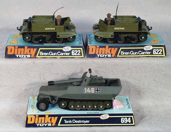 009: 3 DINKY MILITARY VEHICLES