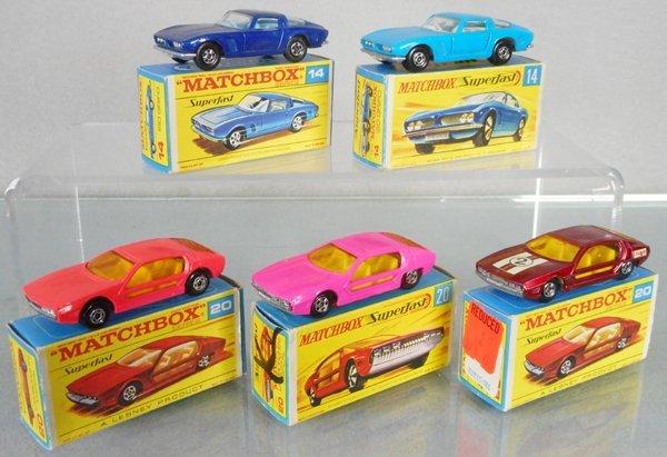 5 MATCHBOX SUPERFAST RACE CARS