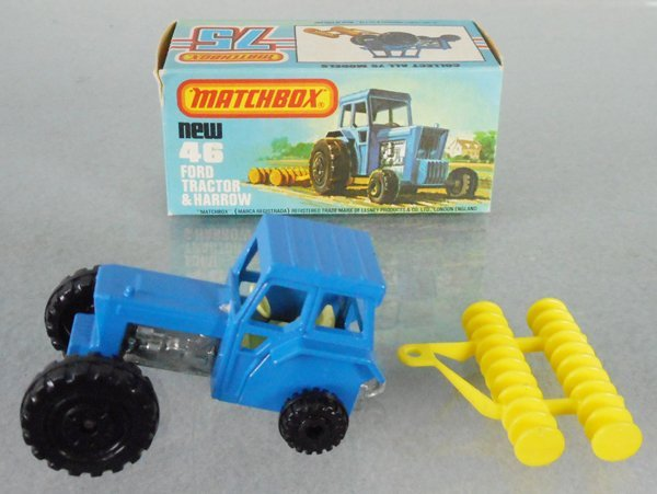 MATCHBOX SUPERFAST 46C1 FORD TRACTOR & HARROW