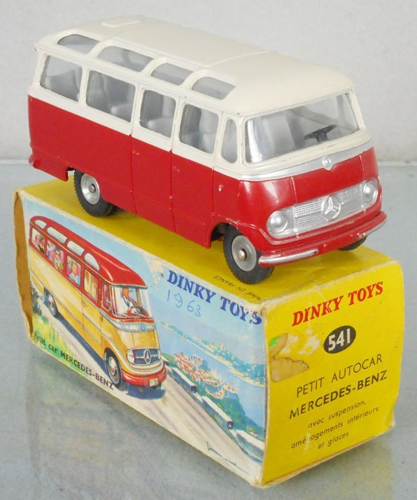 DINKY FR541 MERCEDES BENZ SMALL BUS