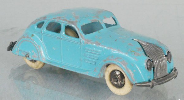 DINKY 30A CHRYSLER AIRFLOW