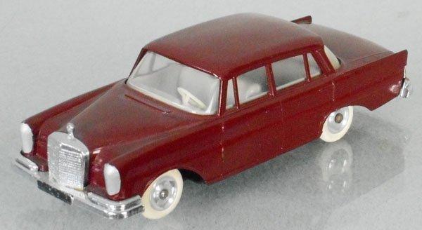 JRD MINIATURES 1961 MERCEDES 220S