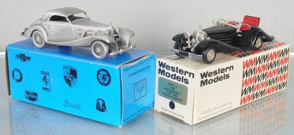 2 WHITE METAL MERCEDES AUTOS