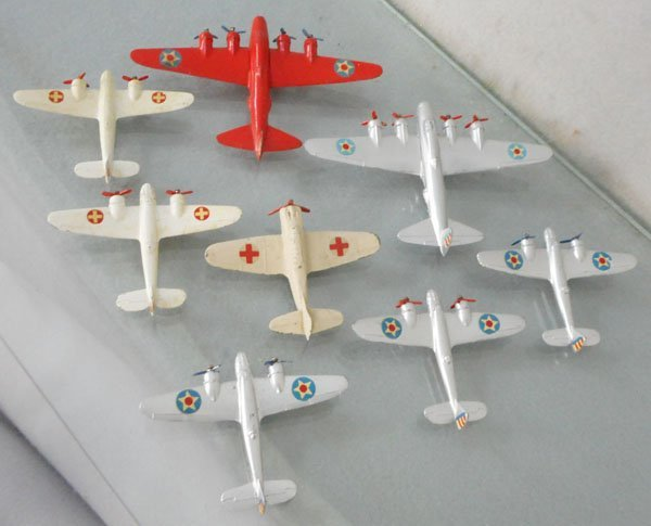 8 TEKNO AIRPLANES