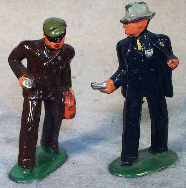 005A: BARCLAY COP & ROBBER FIGURES