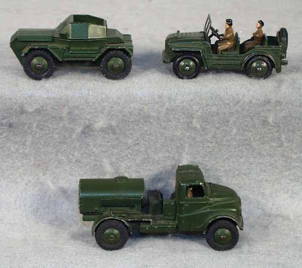 020A: 3 DINKY MILITARY VEHICLES