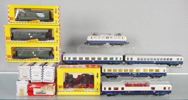 2 FLEISCHMAN & HORNBY ACHO TRAIN SETS