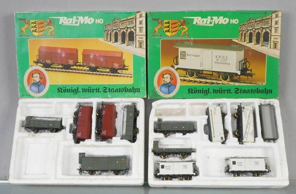 2 RAI-MO FREIGHT CAR SETS