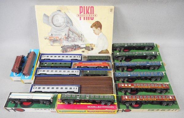 PIKO & SCHICHT TRAIN SET