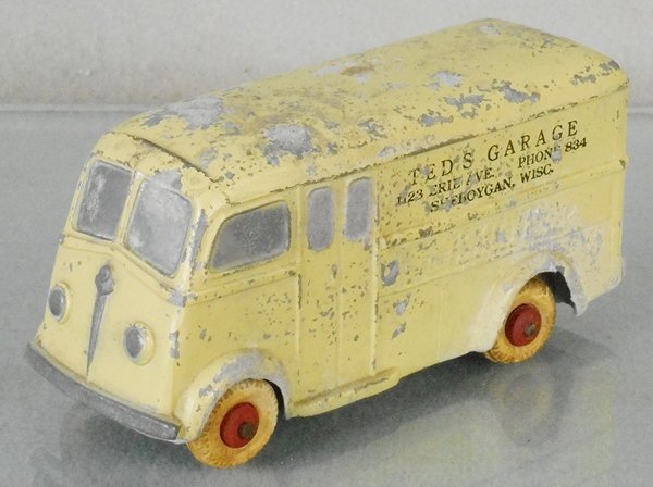 NATIONAL PRODUCTS 1939 WHITEHORSE VAN