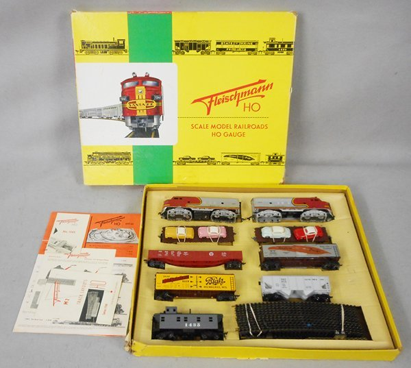 FLEISCHMANN 1344/7 SANTA FE TRAIN SET