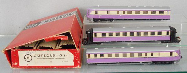 GUTZOLD 5121/190/6 EXPRESS RAILCARS