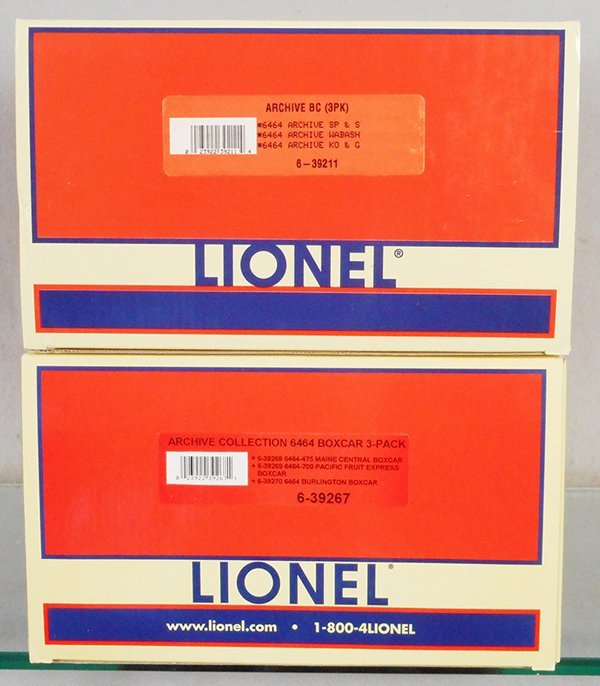 6 LIONEL FREIGHT CARS