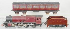 ROYAL SCOT LMS TRAIN SET