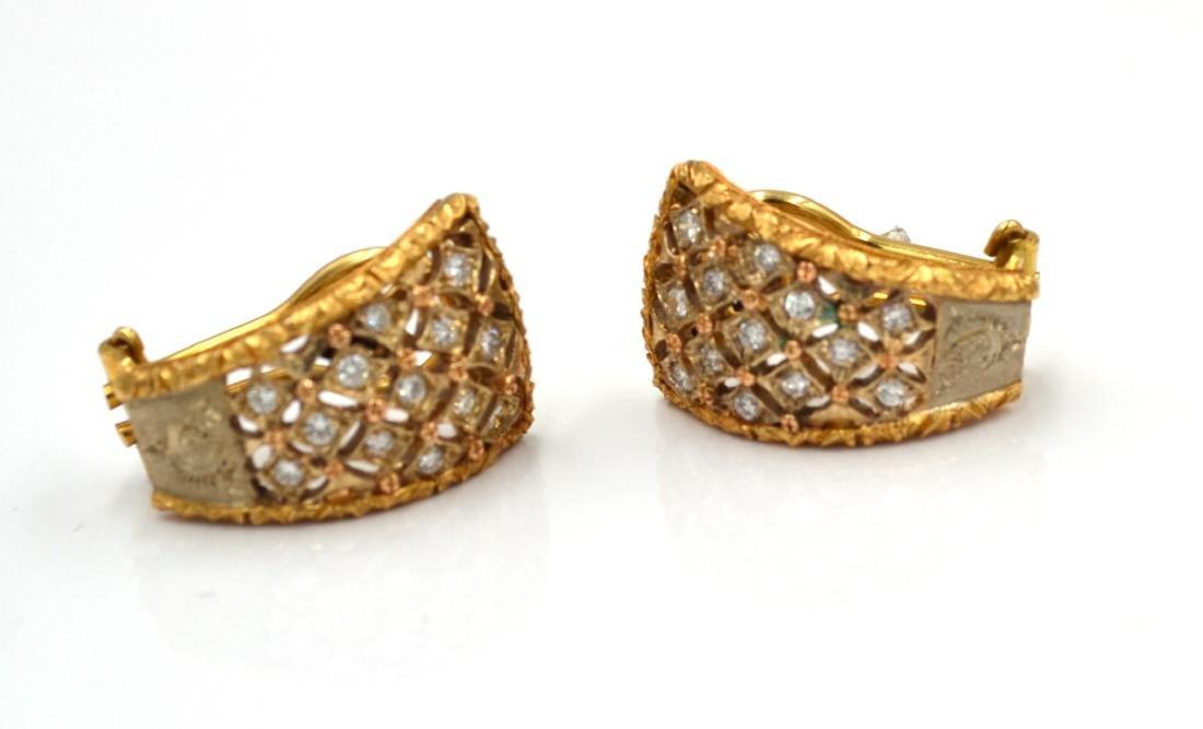 Orecchini in oro giallo e bianco con diamanti.    A - 3
