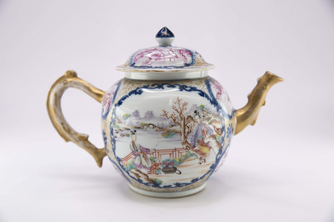 Chinese Porcelain Famille Rose Teapot, 18th Century