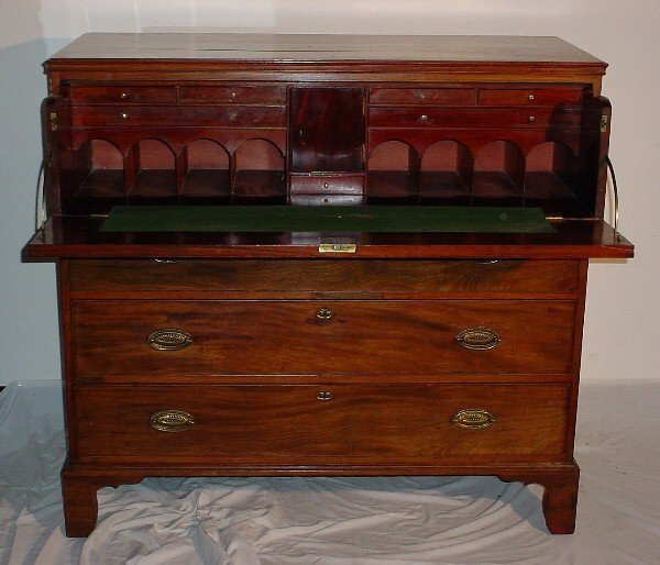 184: George III mahogany butler's desk, circa 1820