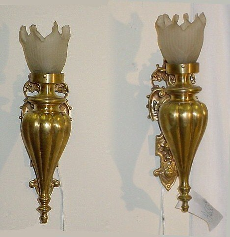 383: Pair Continental bronze and frosted glass wall sco