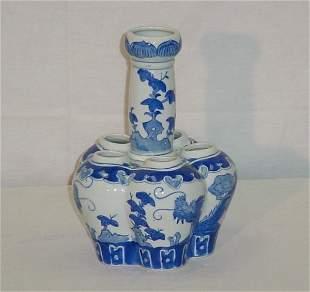 """Chinese Export porcelain gourd-form vase. H: 10"""" D"""